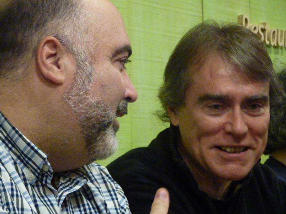 J.A. Hdez. Latas y Alberto Bayod conversando