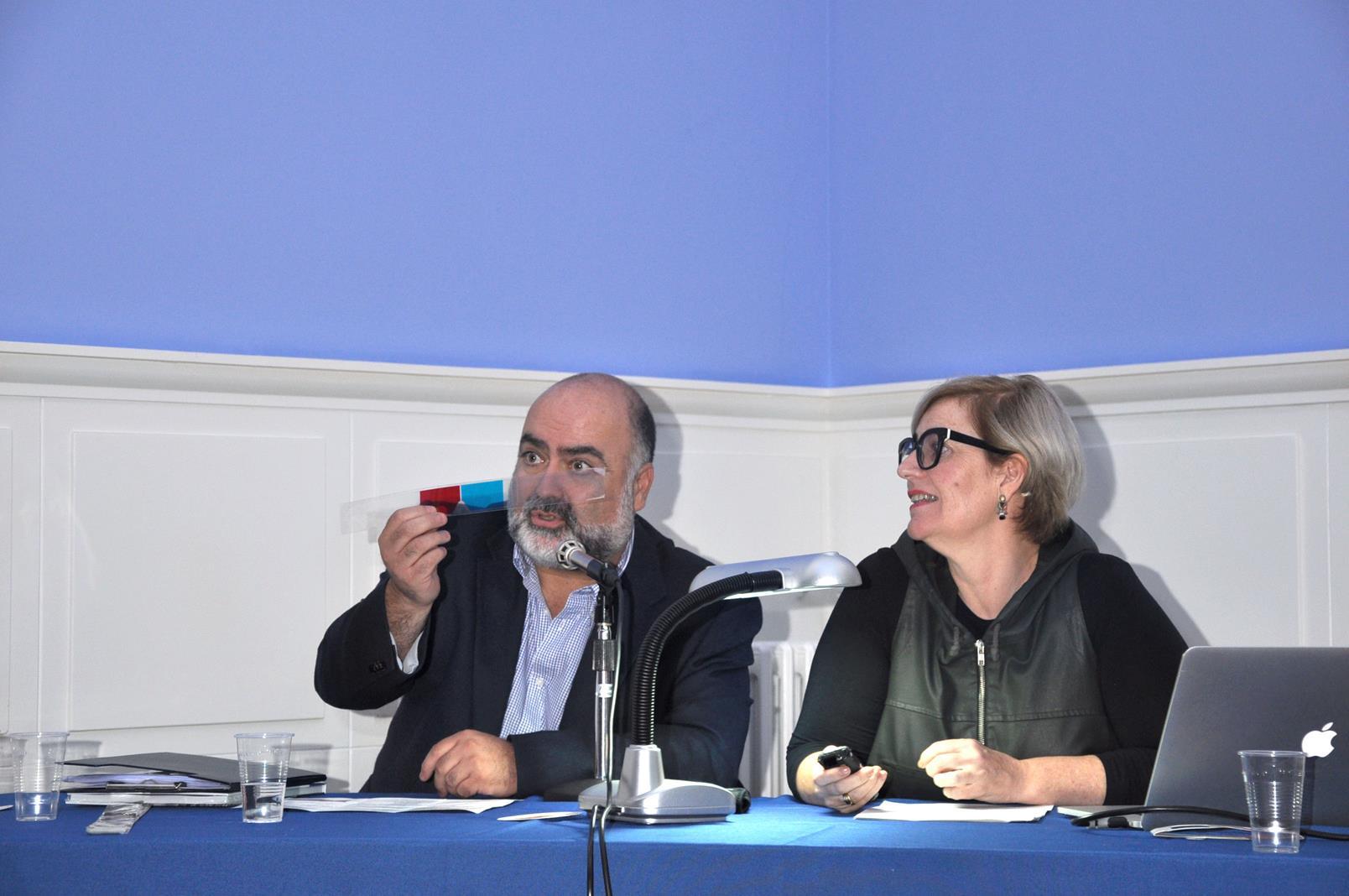 J.A. Hernández Latas antes de presentar a M. Alonso Laza. 23/10/19