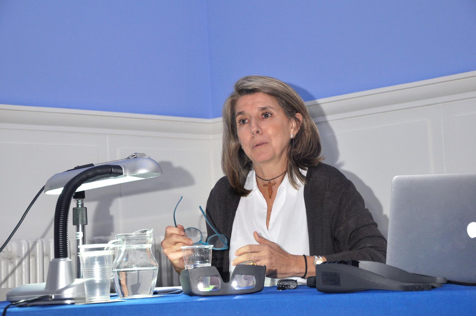 Reyes Utrera. Conservadora, Palacio Real, Madrid. Ponencia, 24/10/19