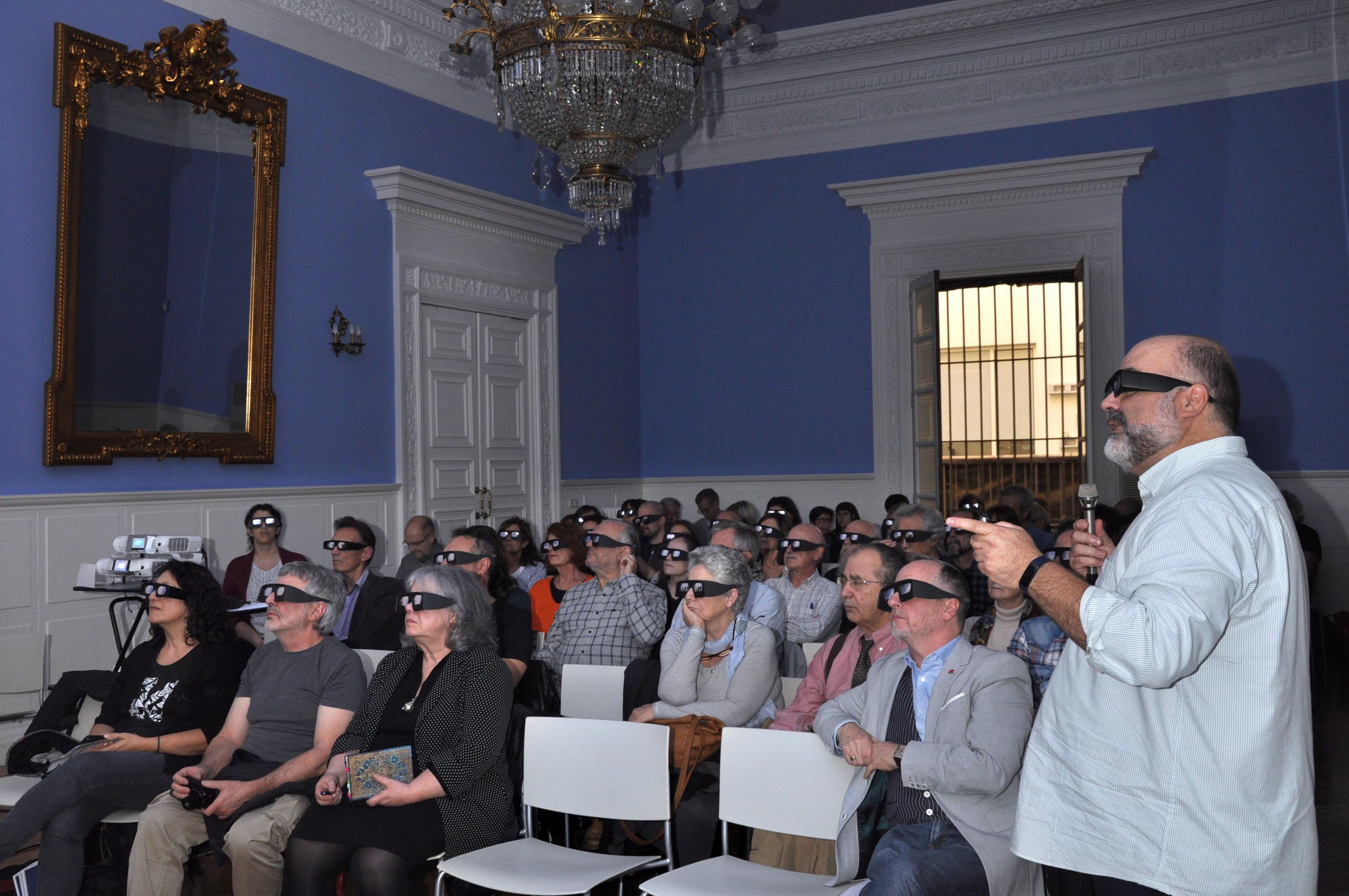 Ponencia y proyección 3D a cargo de J.A. Hernández Latas, Sala Azul, Palacio de Sástago, 24 de octubre de 2019